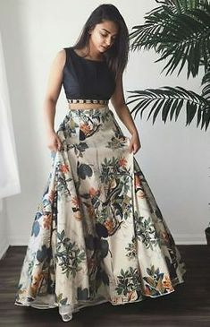 Details about Indian Lehenga Choli Floral Print Skirt Women's Ethnic Wedding Dance Party Wear Indian Lehenga, Lehenga Anarkali, Lehenga Crop Top, Floral Lehenga, Lehenga Skirt, New Lehenga, Lengha Dress, Silk Lehenga, Indian Bollywood