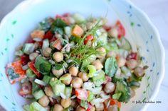 Chickpea (Garbanzo Bean) and Tomato Salad