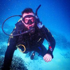 Awesome day on the Great Barrier Reef  #greatbarrierreef #tropicalnorthernqueensland #portdouglas #scubadiving #snorkeling #daytrip #backpacker #instatravel #onceinalifetimetravel by j.joe.josi.joseph http://ift.tt/1UokkV2