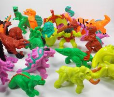 Monster In My Pocket - Series 6 Complete Figure Set - Meg - Dinosaurs - MIMP (2)