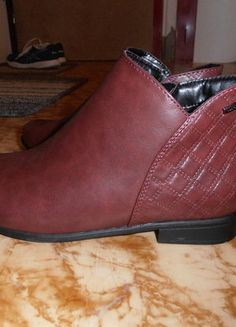 Kupuj mé předměty na #vinted http://www.vinted.cz/damske-boty/polobotky/14844439-cerveno-hnede-polobotky