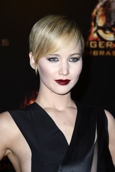 Jennifer Lawrence in Paris (LOVE her makeup!)