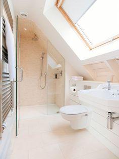 Nice 47 Beautiful Attic Bathroom Design Ideas.
