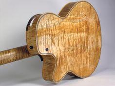 Guitar woods complete guide. Guia complete de madeiras para guitarra