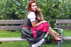 Masha Sedgwick - dirndl: hallhuber, shoes: zalando, necklace: zalando