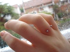for some reason this piercing is really intriguing to me!