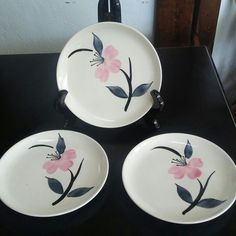 Vintage set of small plates for sale in our online Etsy shop. Shop small this season.