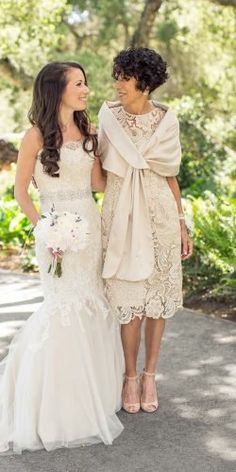 24 Stylish Mother Of The Bride Dresses ❤ mother of the bride dresses knee length with cape lace spring carliestatsky Mother Of The Bride Dresses Vintage, Mother Of The Bride Fashion, Mother Of Bride Outfits, Mother Of The Bride Gown, Mother Of Groom Dresses, Mothers Dresses, Mother Of The Bride Dresses Knee Length, Mother Bride, Brides Mom Dress