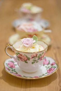 Teacup Cupcake display - Teacupcakes! So elegant and cute! I can't get enough of it X)