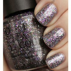 love sparkle on the nails!