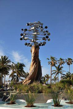 Wind sculpture by Cesar Manrique, Puerto de la Cruz, Santa Cruz de Tenerife, Canary Islands, Spain