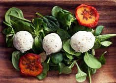 Buffalo Mozzarella| 14 Vegan Cheeses That Will Make You Forget About The Real Thing