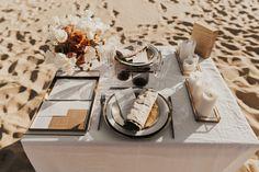 Mariage au Bassin d'Arcachon - Shooting d'inspiration • Sparkly Agency Table Settings, Mua, Artisan, Officiel, Articles, Costume, Design, Inspiration, Organization