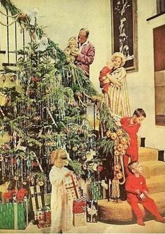 Vintage Good Housekeeping, December It is of Jose Ferrer and Rosemary Clooney and their gang. Vintage Christmas Photos, Old Fashioned Christmas, Christmas Scenes, Christmas Past, Merry Little Christmas, Retro Christmas, Christmas Morning, Vintage Holiday, Christmas Pictures