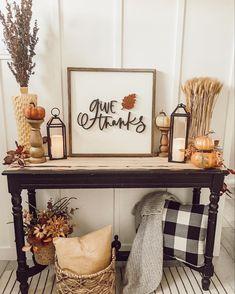 Thanksgiving Decorations, Seasonal Decor, Table Decorations, Holiday Decor, Holiday Ideas, Halloween Decorations, Fall Room Decor, Fall Living Room, Autumn Home