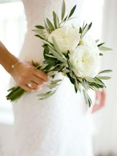 35 Simple White and Greenery Wedding Bouquets Simple Bridesmaid Bouquets, Small Wedding Bouquets, Winter Wedding Flowers, Small Bouquet, White Bridal Bouquets, Small Weddings, Wedding Bridesmaids, Flower Girl Bouquet, Flower Bouquet Wedding