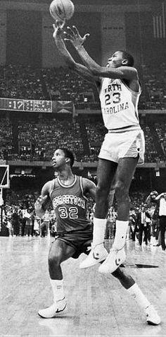 Michael Jordan, North Carolina.
