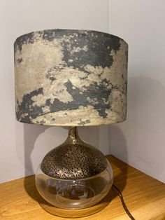 Real stone veneer lampshade Autumn Rustic with a warm translucent lining that highlights the natural pattern of the real stone and gives a warming glow. The lamps show amazing texture and have their own unique pattern each time, Definitely a great talking point in any room.  The lamps are available with a copper or translucent lining and contrasting ribbon boarders. Please allow 7-10 days for the creation of your very own bespoke real stone lampshade. Real Stone Veneer, Clear Resin, Patterns In Nature, Lampshades, Glow, Rustic, Unique, Home Decor, Country Primitive