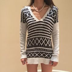 "Brand new roxy hoodie Brand new,   Size XS Length 28"" Bust 36"" Strechy well Roxy Sweaters"