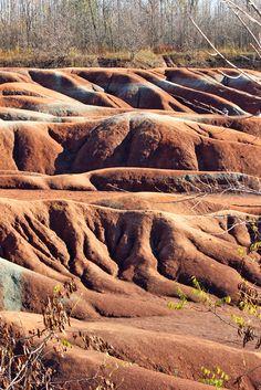 Cheltenham Badlands in Caledon, Protect Cheltenham Badlands, Cheltenham Badlands hills and gullies, Cheltenham Badlands red shale