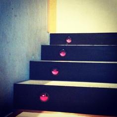 'Emotiscalones' que sonríen a tu paso - @jasepuch