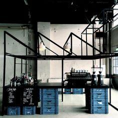 Kaffee Fabrik is a pop up coffee bar. Bar Pop Up, Commercial Design, Commercial Interiors, Cafe Design, Store Design, Restaurant Design, Restaurant Bar, Design Innovation, Mini Bars