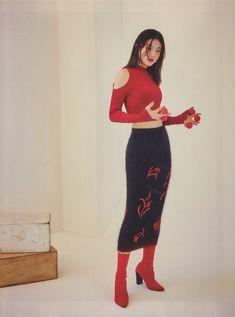 Red Velvet for Singles Magazine Seulgi, Red Velvet Joy, Red Velvet Irene, Pink Velvet, Kpop Fashion, Korean Fashion, Red Velvet Photoshoot, Red Valvet, Velvet Fashion