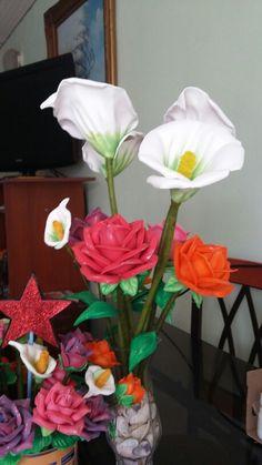 Varios colores de rosas todas hechas con amor
