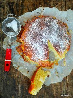 Un gâteau moelleux et une recette gourmande avec une association poire rhum ambré