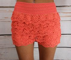 So many flowers in these awesome floral crochet lace shorts!