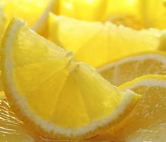 Does Lemon Juice Go Bad If Not Refrigerated After Opened? How to Use Lemon for Natural Skin Care and Beauty Treatment Organic Essential Oils, Lemon Essential Oils, Pure Essential, Home Remedies, Natural Remedies, Flea Remedies, Snoring Remedies, Master Cleanse, Lemon Detox