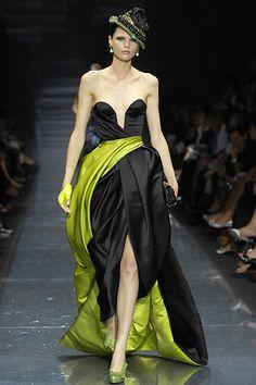 Armani Privé Fall 2007 Couture Fashion Show - Diana Gärtner