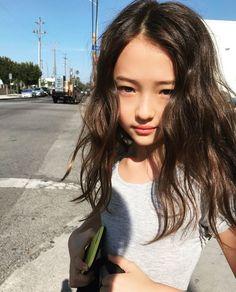 Such a cute little girl Preteen Girls Fashion, Girls Fashion Clothes, Tween Girls, Kids Girls, Beautiful Japanese Girl, Beautiful Little Girls, Cute Little Girls, Cute Little Girl Dresses, Cute Girl Outfits