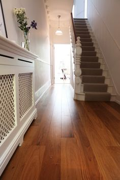 Radiator cover for hallway Style At Home, Victorian Hallway, Victorian Terrace, Hall Flooring, Wooden Flooring, Hardwood Floors, Hallway Inspiration, Radiator Cover, Carpet Stairs