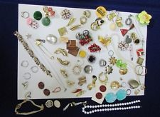 Huge Lot Of Mixed Jewelry Baubles, Wearable, Craft, Repair Vintage & Current
