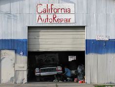 California Auto Repair, Stockton, San Joaquin County,  California 2009   Repairing Dents with Mobile Paintless Dent Removal - http://www.carcos.co.uk/services/mobile-paintless-dent-removal