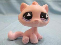 Littlest Pet Shop 720 Pink Sitting Cat Freckles 100% Authentic