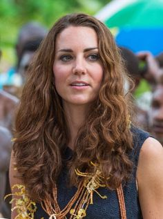 It's nice to know the humidity effects Kate too. Even though it doesn't make a difference and she's still absolutely flawless
