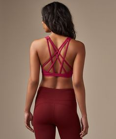We designed this bra with a  strappy open back to give you  full range of movement.