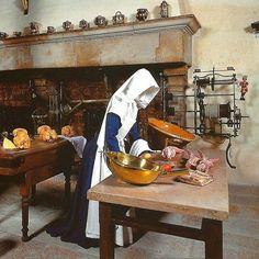 Hospício de Beaune, na Borgonha; atualmente é um museu. #postais #art #arte #architecture #decoracion #criative #decor #architect #artlover #design #architecturelover #hospicio #instagood #instacool #instabestu #instadaily #instadesign #santacasa #dieu #hoteldieu #hospice #museum #museo #museu #cozinha #kitchen #arquiteturadavidguerra #france #beaune #borgonha
