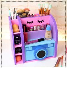 Diy Crafts For Your Room, Diy Crafts For Girls, Diy Crafts Hacks, Diy Home Crafts, Easy Diy Crafts, Diy Arts And Crafts, Diy For Kids, Cardboard Organizer, Cardboard Box Crafts