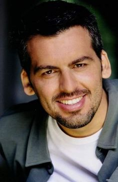 Oded Fehr | Top People - Oded Fehr.   Covert Affairs