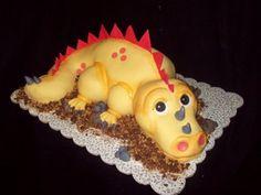 Another yellow dinosaur cake Dinosaur Birthday Cakes, 3rd Birthday Cakes, First Birthday Parties, Dinosaur Party, 4th Birthday, Birthday Ideas, The Good Dinosaur Cake, Dino Cake, Cute Kids Snacks