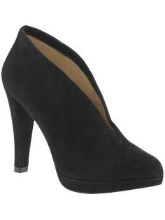Want some booties like these for fall - plus they're Rachel Zoe approved