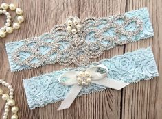 17 Lace Wedding Garters + Garter Sets (all under $50) that are perfect for every bride! — The Overwhelmed Bride // Wedding Blog + SoCal Wedding Planner