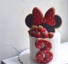 New Birthday Cake Girls Ideas Cupcake Ideas Minnie Birthday, Cute Birthday Cakes, Birthday Parties, Birthday Ideas, Buttercream Cupcakes, Fun Cupcakes, Cupcake Cakes, Sweets Cake, Cupcake Ideas