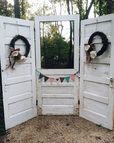 Vintage doors photo booth! | Morning Glory Farm NC | wedding venue  --LOVE THIS