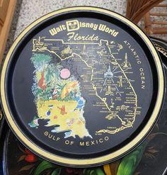 Walt disney world peltitarjotin Disney World Souvenirs, Disney World Florida, Walt Disney World, Vintage Disney, Retro Vintage, Retro Kids, Atomic Age, Metal Trays, Mickey Mouse