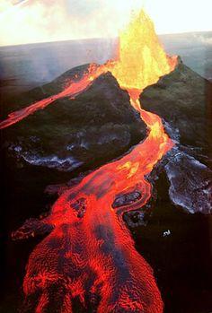 Mauna Loa Volcano Eruption Lava Flow Science Poster 24x36