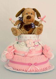 Torta ElementalBaby classic con perrito. Al igual que una torta de cumpleaños, viene en un porta torta envuelta en toul y divertidas cintas y lazos. #bebe #baby #RegalosDeNacimiento